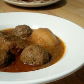 Meatballs with Gravy/ Koftay ka Salan