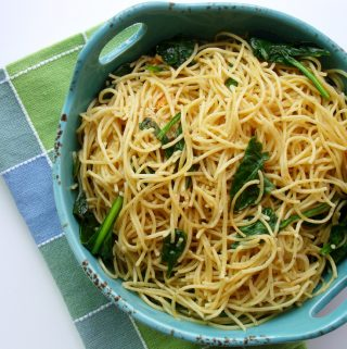 Lemon and Garlic Spaghetti with Spinach