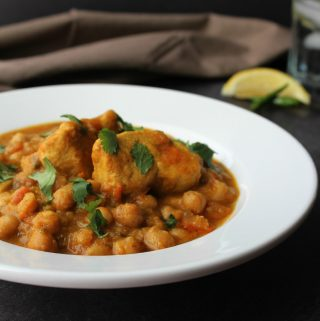 Chicken and Chickpea Curry/ Murgh Chanay