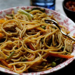 Desi Mama Chow Mein